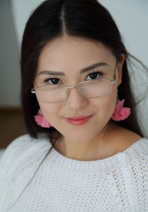 Asian With Glasses Pics